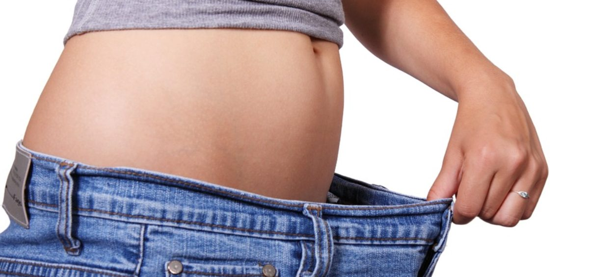 A girl maintaining maintain your weight loss before moving