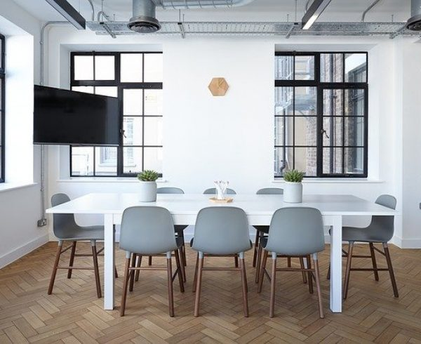 Office Chairs - 4 challenges to office moving