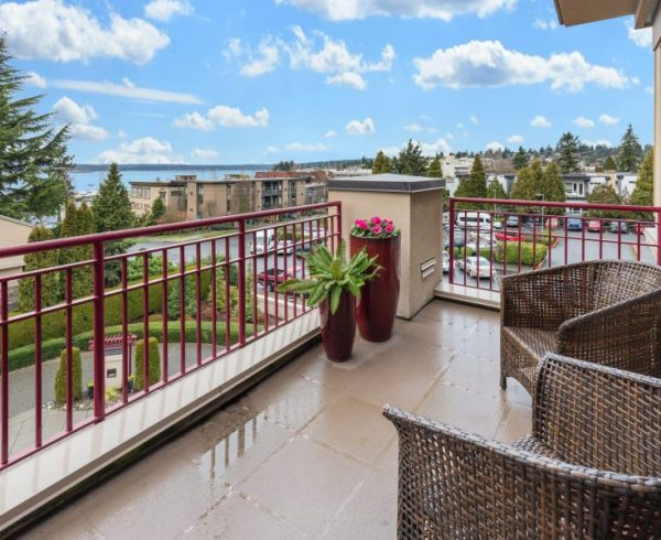 Tips for decorating your balcony